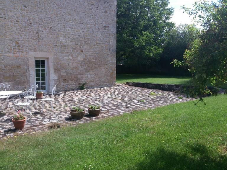 Entretien de jardins et d 39 espaces verts sarl jeanneau for Entretien des jardins et espaces verts