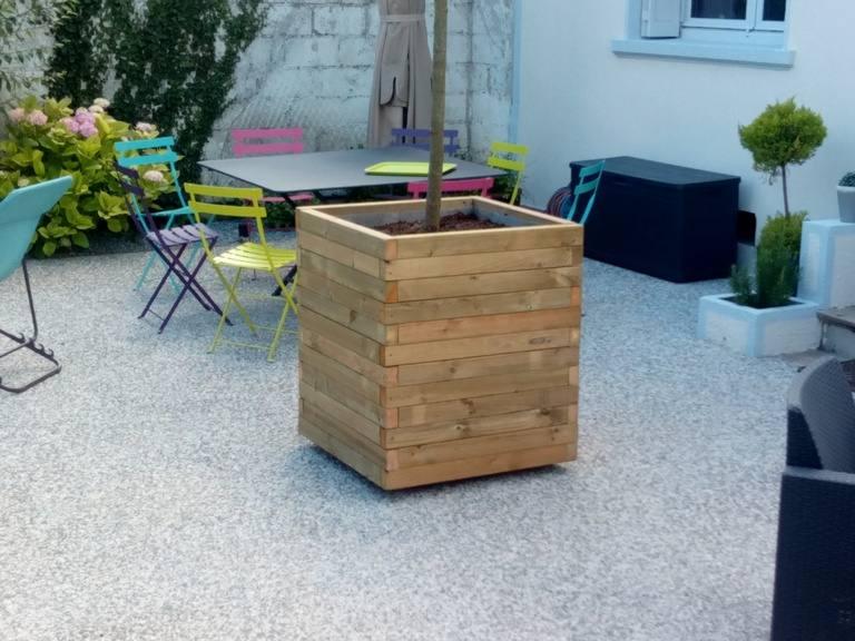Le bois une mati re vivante sarl jeanneau paysagiste for Entretien jardin chatellerault